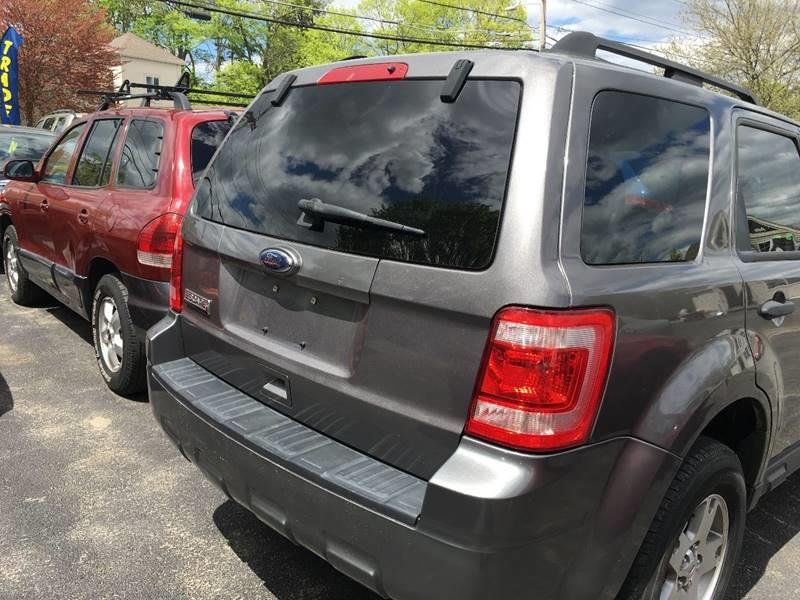 2010 Ford Escape AWD XLS 4dr SUV - Taunton MA
