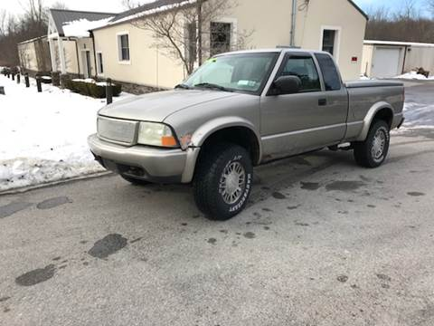 2001 GMC Sonoma for sale in Montgomery, NY