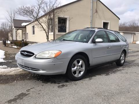 2000 Ford Taurus for sale at Wallet Wise Wheels in Montgomery NY