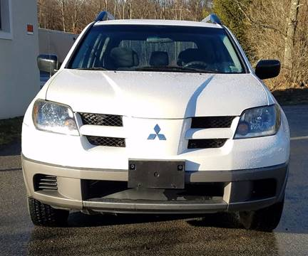 2003 Mitsubishi Outlander for sale at Wallet Wise Wheels in Montgomery NY