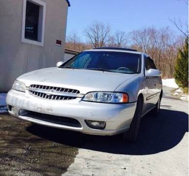 2000 Nissan Altima for sale at Wallet Wise Wheels in Montgomery NY