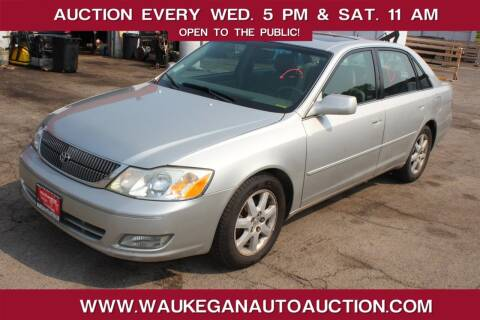 2001 Toyota Avalon for sale at Waukegan Auto Auction in Waukegan IL
