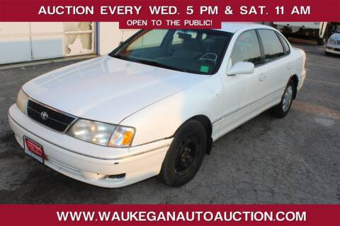 1999 Toyota Avalon for sale at Waukegan Auto Auction in Waukegan IL