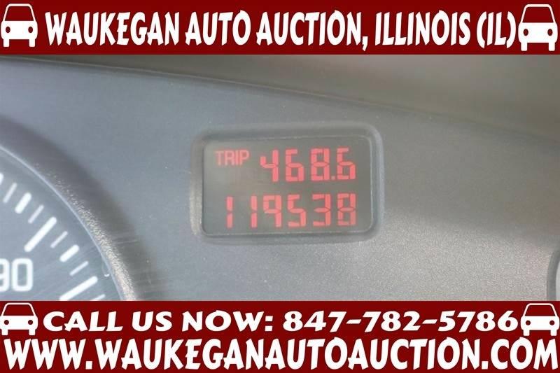 2003 Pontiac Bonneville SE 4dr Sedan - Waukegan IL