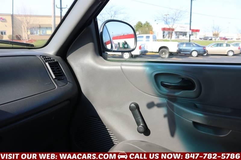 2002 Ford F-150 2dr Standard Cab XL 2WD Styleside LB - Waukegan IL