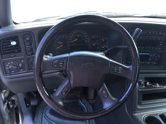 2004 Chevrolet Avalanche for sale at Moose Motors in Morganton NC