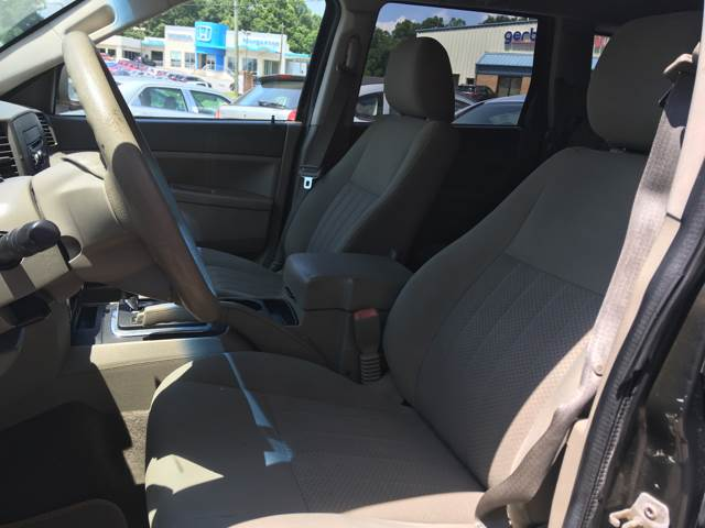 2006 Jeep Grand Cherokee for sale at Moose Motors in Morganton NC
