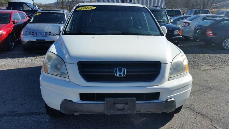 2005 Honda Pilot for sale at Moose Motors in Morganton NC