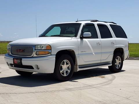 2002 GMC Yukon for sale in Perryton, TX