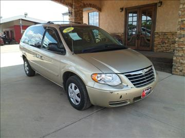 2005 Chrysler Town and Country for sale at Chihuahua Auto Sales in Perryton TX