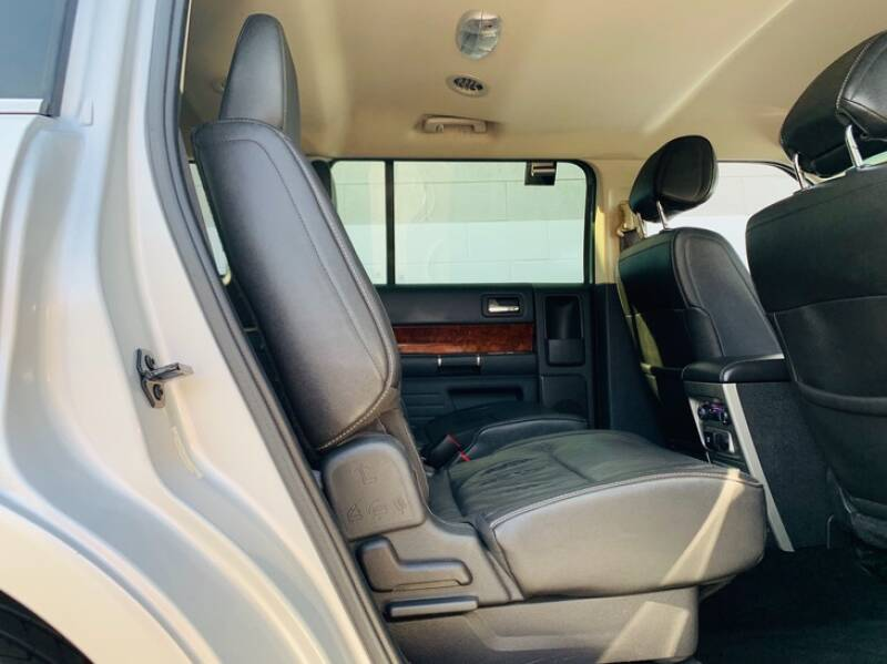 2012 Ford Flex Limited 4dr Crossover - Ontario CA