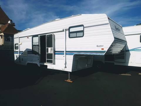 2000 Komfort 26' Fifth Wheel for sale in Grants Pass OR