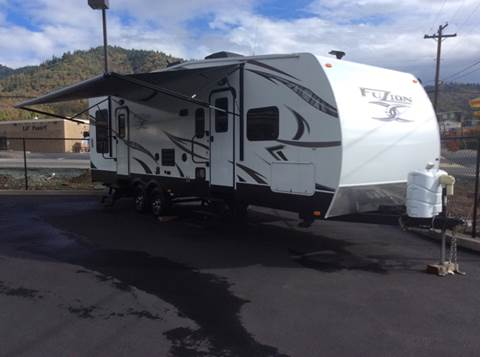 2013 Fuzion Toy Hauler for sale in Grants Pass, OR