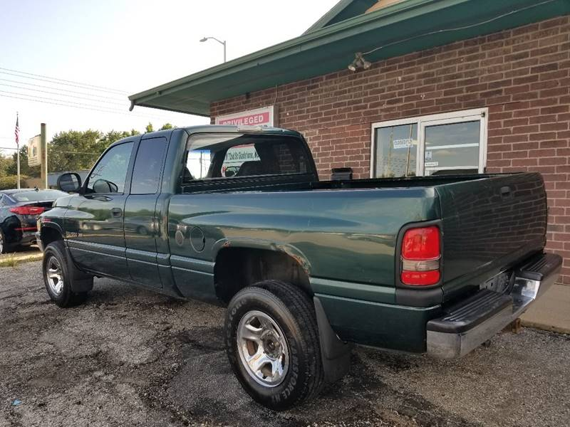 2000 Dodge Ram Pickup 1500 for sale at Privileged Auto Sales in Gladstone MO