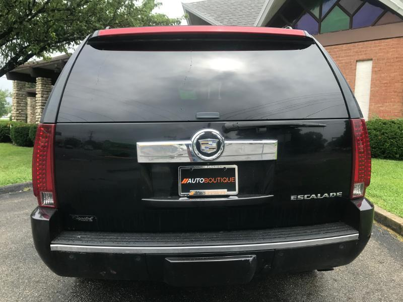 2007 Cadillac Escalade for sale at Auto Boutique in Columbus OH
