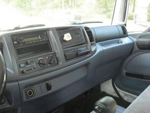 2006 Hino 268A