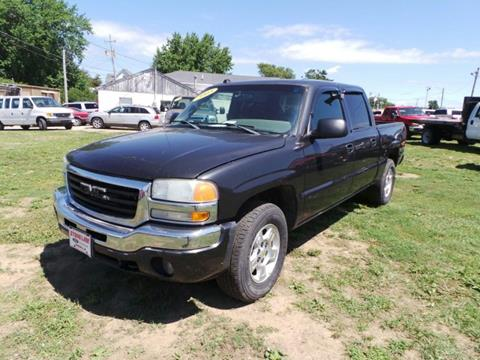 2005 GMC Sierra 1500 for sale in Grinnell, IA