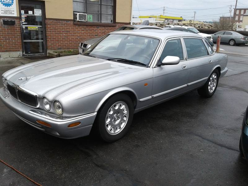 2001 Jaguar XJ-Series for sale at Nelsons Auto Specialists in New Bedford MA
