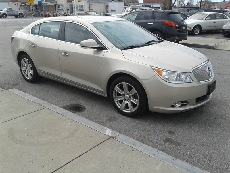 reviews an autoweek eassist lacrosse article with review buick car flash the i view of side drive