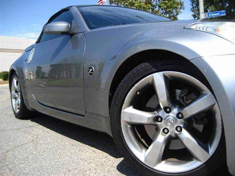 2006 Nissan 350Z for sale at Solutions Auto Sales Corp. in Orange CA