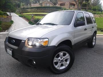 2005 Ford Escape for sale at Solutions Auto Sales Corp. in Orange CA