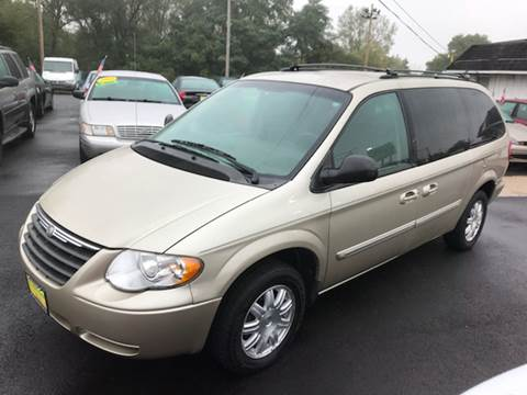 2006 Chrysler Town and Country for sale in North Aurora, IL