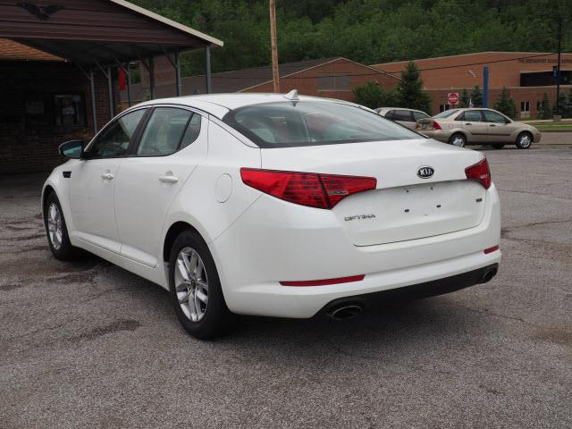 2011 Kia Optima for sale at Dream Deals on Wheels in Bridgeport OH
