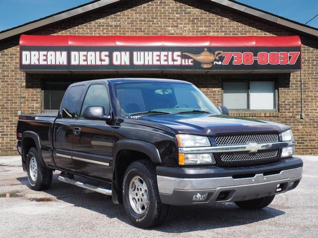 2004 Chevrolet Silverado 1500 for sale at Dream Deals on Wheels in Bridgeport OH
