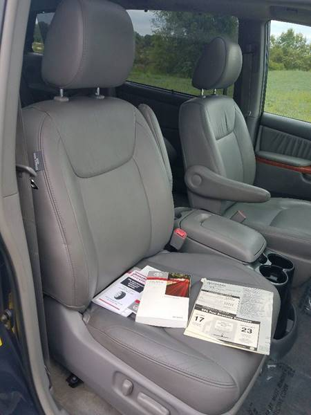 2010 Toyota Sienna for sale at Old Monroe Auto in Old Monroe MO