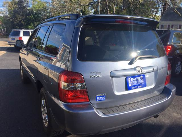 2005 Toyota Highlander for sale at Bayside Auto Sales Inc. in Hyannis MA