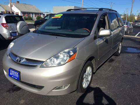 2006 Toyota Sienna for sale at Bayside Auto Sales Inc. in Hyannis MA