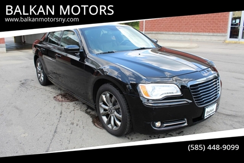 2014 Chrysler 300 for sale in East Rochester, NY