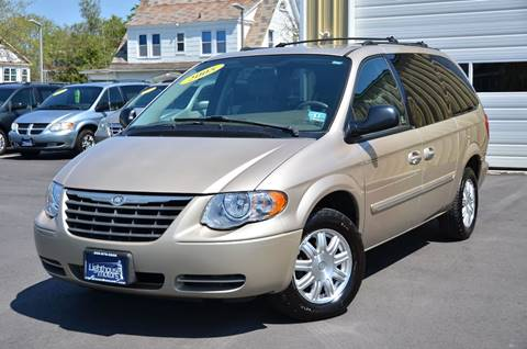 2005 Chrysler Town and Country for sale in Pleasantville, NJ