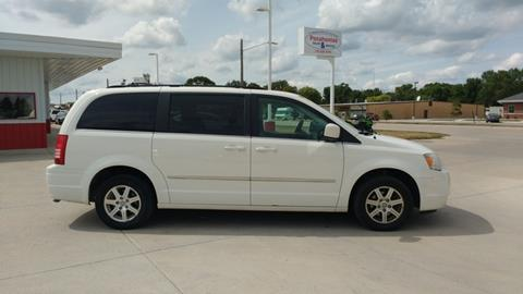 2009 Chrysler Town and Country for sale in Pocahontas, IA