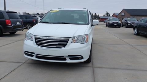 2016 Chrysler Town and Country for sale in Pocahontas, IA