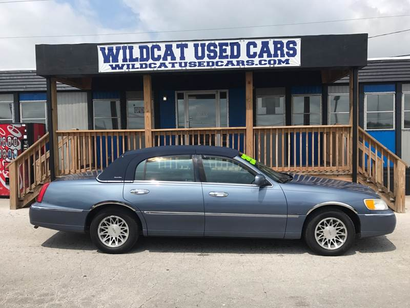 2000 Lincoln Town Car Signature 4dr Sedan In Somerset Ky Wildcat