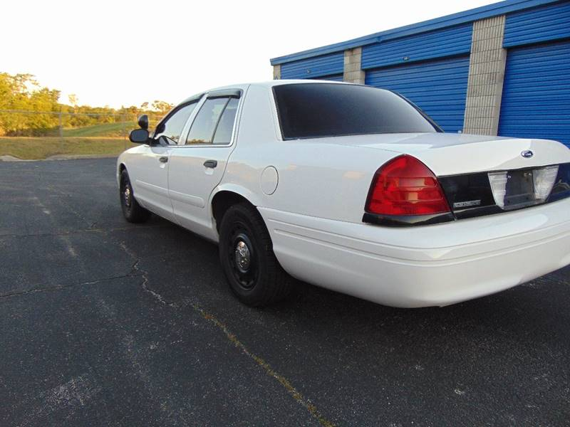 2003 Ford Crown Victoria for sale at CHEVYEXTREME8 USED CARS in Daytona Beach FL