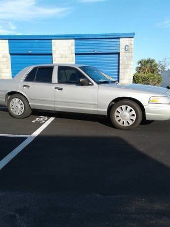 2005 Ford Crown Victoria for sale at CHEVYEXTREME8 USED CARS in Daytona Beach FL