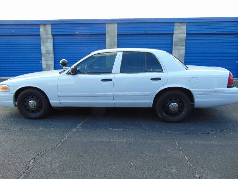 2009 Ford Crown Victoria for sale at CHEVYEXTREME8 USED CARS in Daytona Beach FL