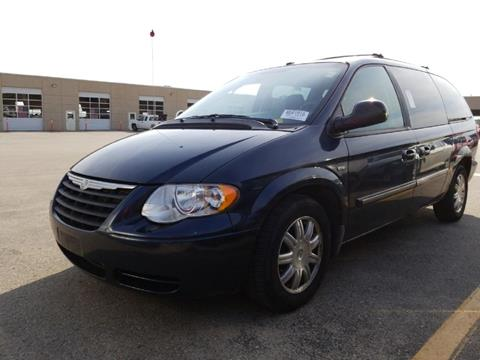 2007 Chrysler Town and Country for sale in Kansas City, MO