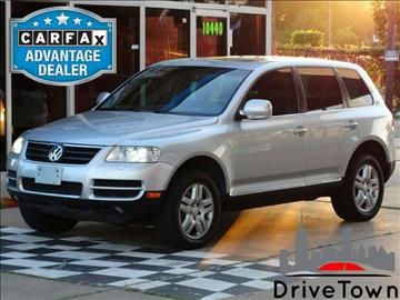 2006 Volkswagen Touareg for sale at Drive Town in Houston TX