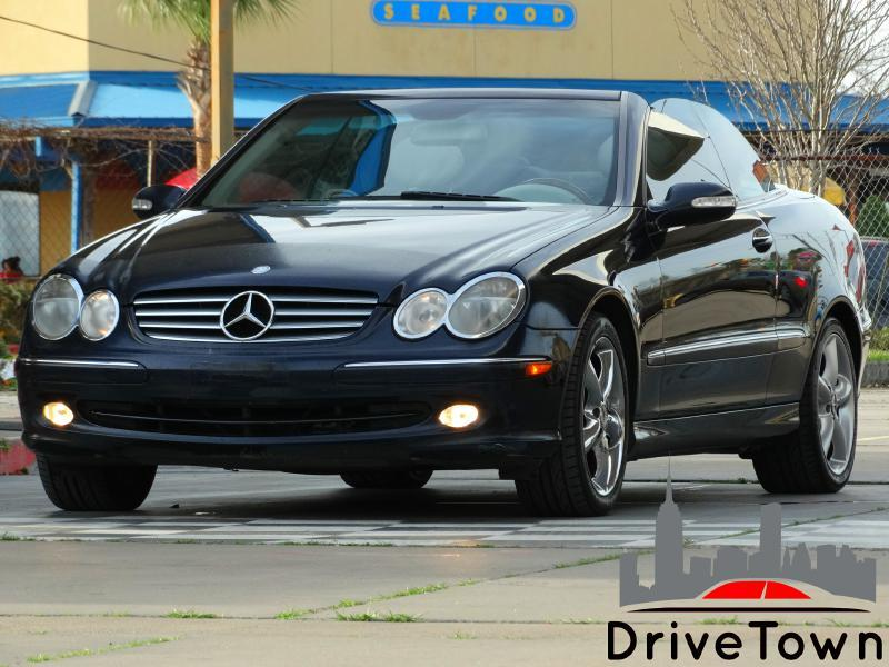 2005 Mercedes-Benz CLK for sale at Drive Town in Houston TX
