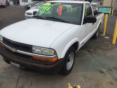 2002 Chevrolet S-10 for sale in Ventura CA