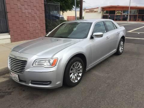 2012 Chrysler 300 for sale in Ventura, CA