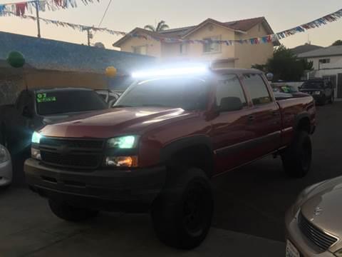 2005 Chevrolet Silverado 2500HD for sale in Ventura CA