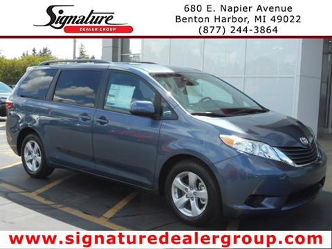 2017 Toyota Sienna for sale in Benton Harbor, MI