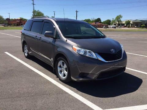 2011 Toyota Sienna for sale in San Antonio, TX