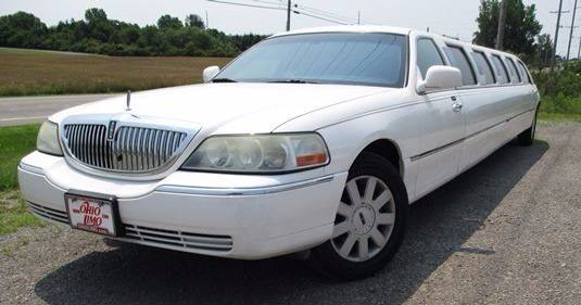 2004 Lincoln Town Car Ultimate In Bellefontaine Oh Bstmotorsales Com