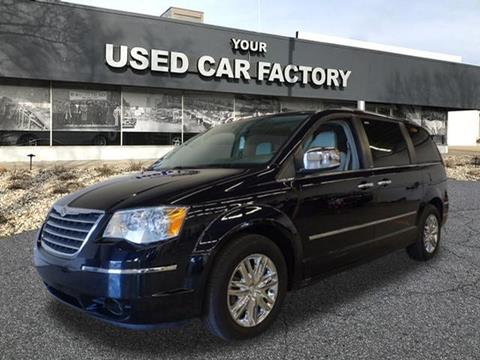 2010 Chrysler Town and Country for sale at JOELSCARZ.COM in Flushing MI