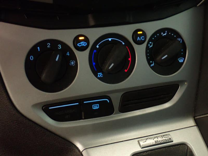 2013 Ford Focus for sale at JOELSCARZ.COM in Flushing MI